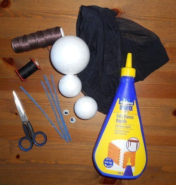 C mo hacer una marioneta hormiga con bolas de corcho titerenet - Manualidades corcho blanco ...